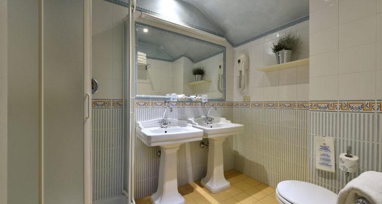 hotel-della-robbia-firenze-junior-suite1