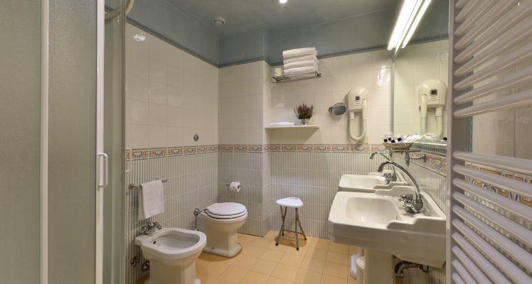 hotel-della-robbia-firenze-junior-suite2
